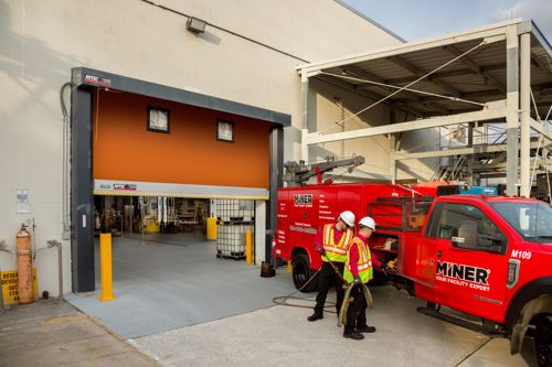 WAREHOUSE DOOR INSTALLATION AND MAINTENANCE FROM MINER